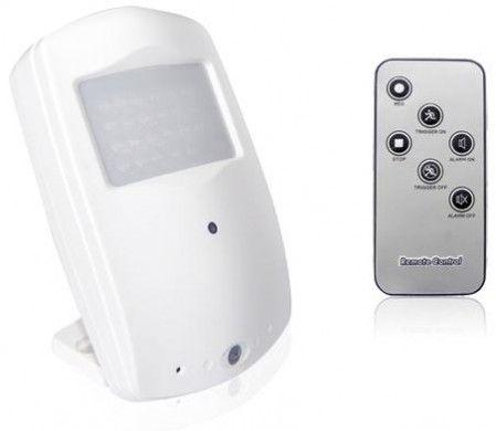 HD kamera v PIR čidle - detekce pohybu, noční vidění CEL-TEC